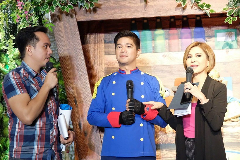 oyayi-grand-launch-hosts-jing-castaneda-and-pocholo-the-voicemaster-gonzales-with-kuya-maki