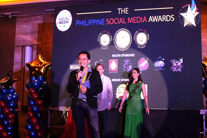 the-voicemaster-awarded-as-philippine-social-media-star-achiever-for-arts-and-entrepreneurship