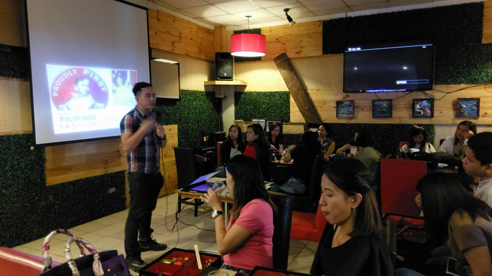 Filipino motivational speaker talks about public speaking