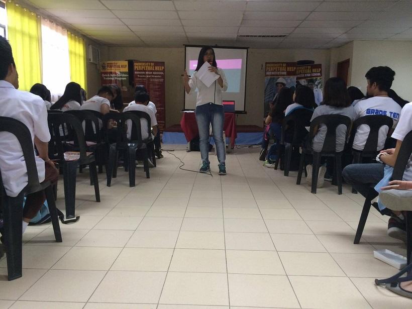 Jana Abejero of DZRH teaches News Writing for Radio
