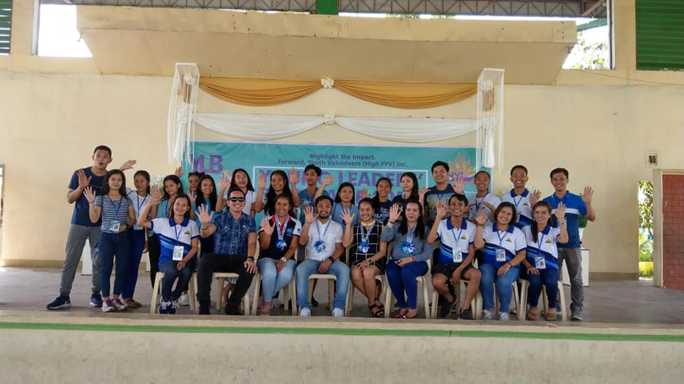 The VoiceMaster with High FYV volunteers